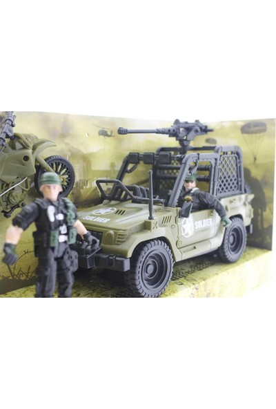 Mega Oyuncak Combat Force Jeep ve Motorlu Asker Seti