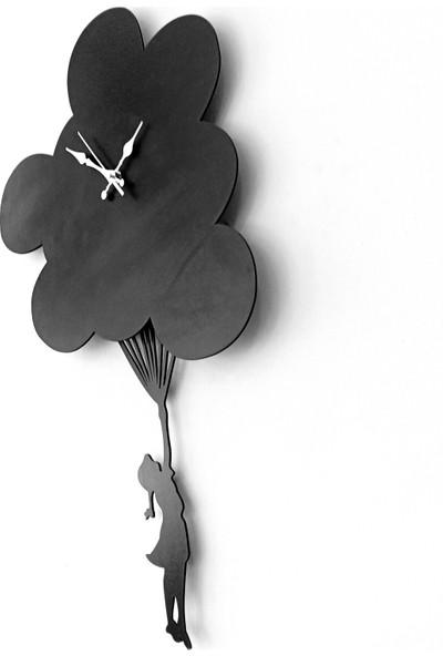 Artas Uçan Balonda Kız Sarkaçlı Duvar Saati
