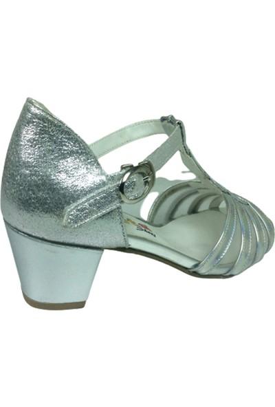Fikretbebe Filet Gümüş Aynalı Simli Bilekten Geçmeli Tokalı Kız Çocuk Topuklu Ayakkabı