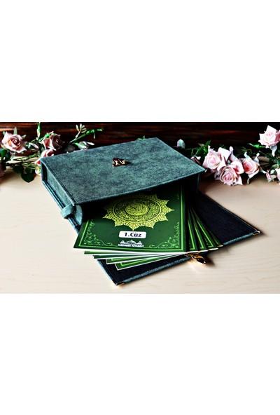 Medrese Yayınları 30 Cüz Rahle Boy Çantalı Yeşil Kuranı Kerim