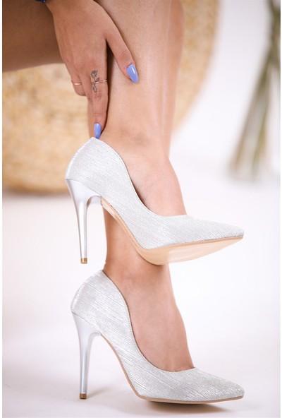 Park Moda Ince Topuklu Simli Gümüş Kadın Stiletto