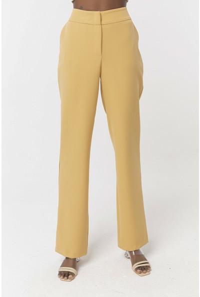 Coral Low Rise Pants Camel