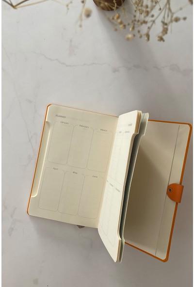 Pigmento Home Decor Arwey Baer, Turuncu Not Defteri, Aylık Planlayıcı, 256 Sayfa 13,5 x 21,5 cm
