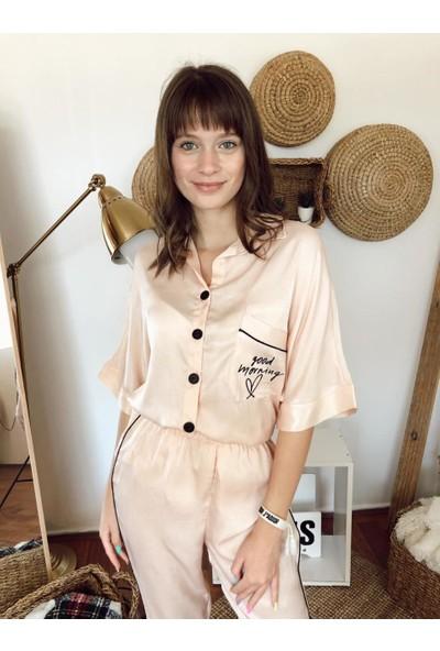 Serbella Pudra Üzeri Goodorning Nakış Işlemeli Pijama Takımı