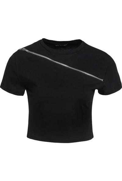 Quzu Fermuar Detaylı Crop Tişört Siyah