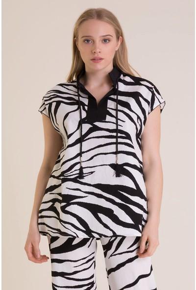 Zebra Desenli Bağcık Detaylı Beyaz Tunik