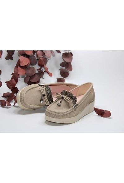 Confort Dolgu Taban Fiyonklu Taşlı Günlük Rahat Ayakkabı
