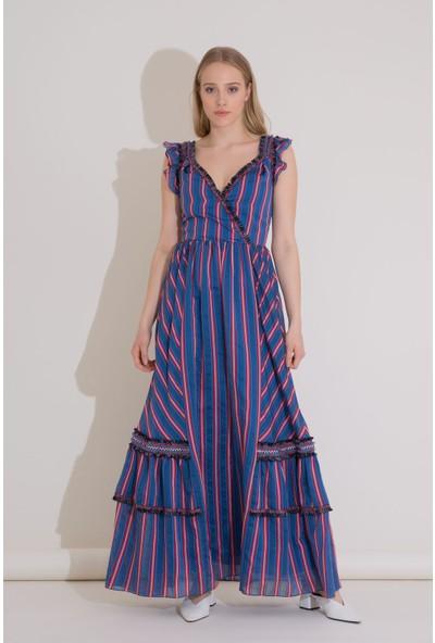 Şerit Detaylı Çizgili Organze Mavi Uzun Elbise