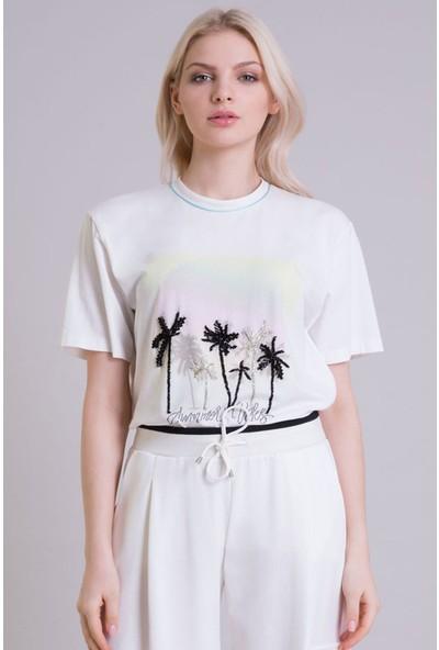 GIZIA Palmiye Baskı Detaylı Ekru T-Shirt