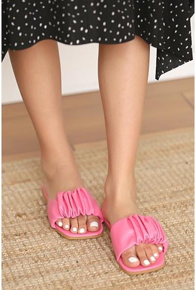 Pembe Potin Kadın Sandalet 008-111-21