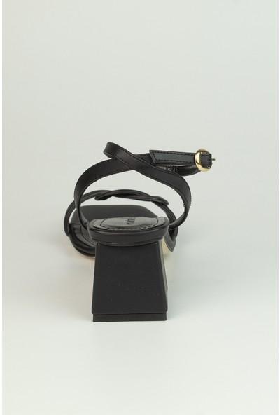 Marine Shoes Kadın Siyah Cilt Sandalet