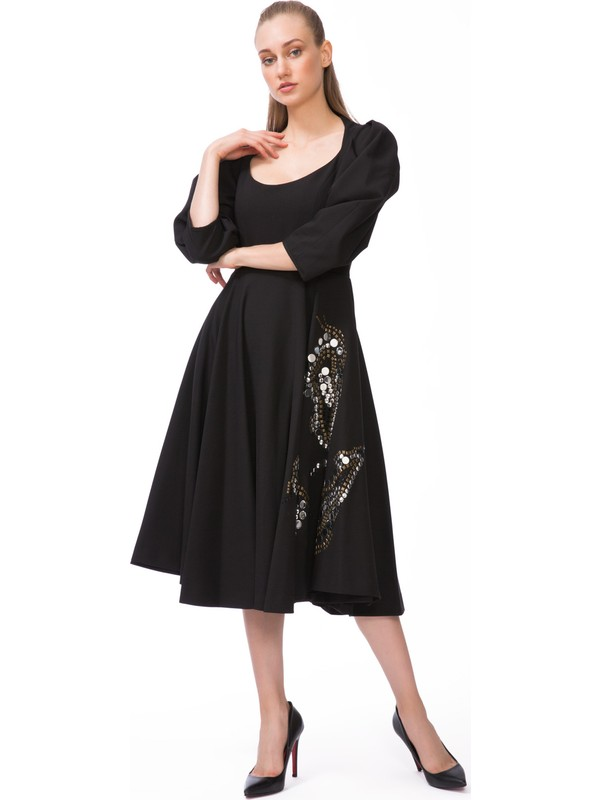 GIZIA Trok Baskı Detaylı Siyah Midi Elbise