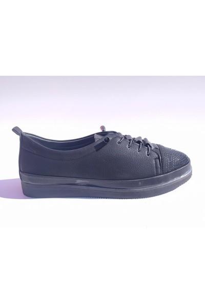 Beety 2000 Hafif Taban Burnu Taşlı Kadın Ayakkabı