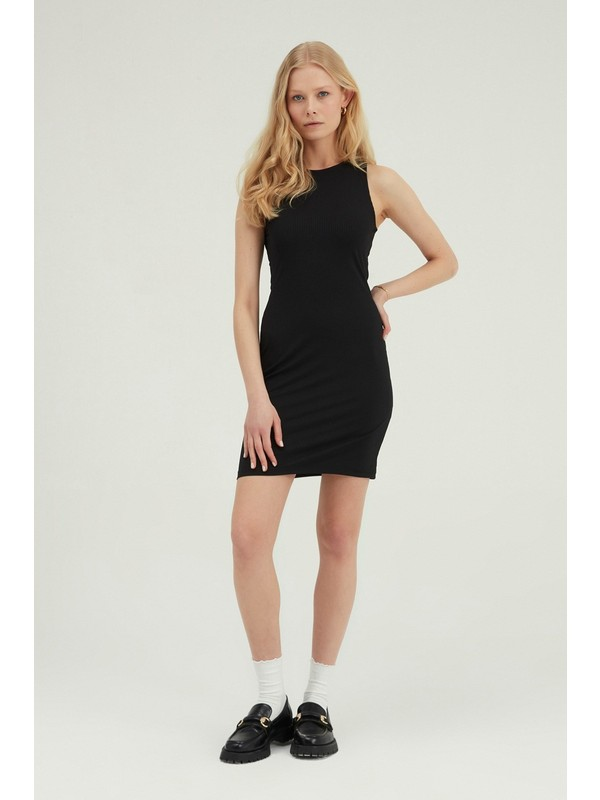 Quzu Halter Yaka Mini Elbise Siyah