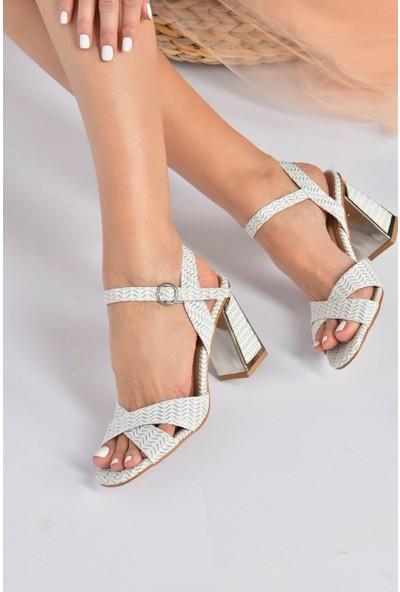 Fox Shoes Beyaz Kumaş Simli Kadın Topuklu Ayakkabı K820400004