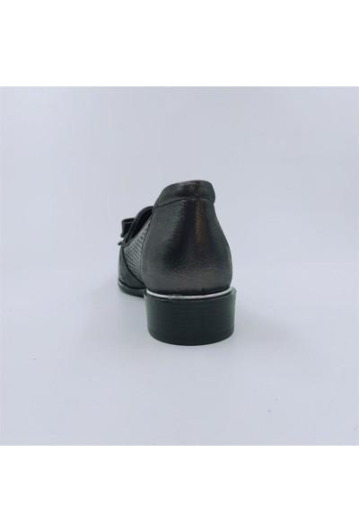 Mammamia D21YA-3365 Bayan Deri Önden Süslü Fiyonklu, Lazer Desenli Ayakkakabı Siyah-37