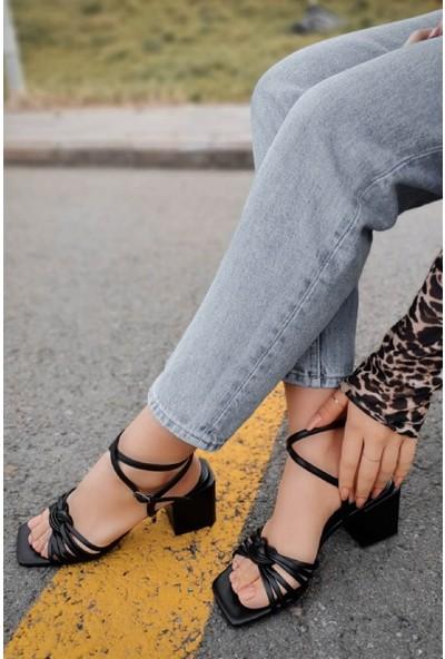 Hartum Deri Bilekten Bağlamalı Boğumlu Bant Siyah Alçak Topuklu Ayakkabı