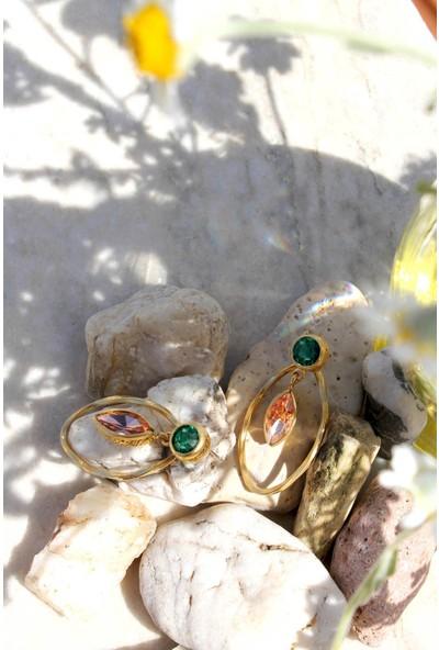 Bukika Pembe ve Yeşil Zirkon Sallantılı Küpe