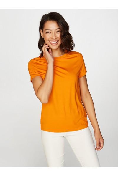 Faik Sönmez Yuvarlak Yaka Kısa Kol T-Shirt 62028