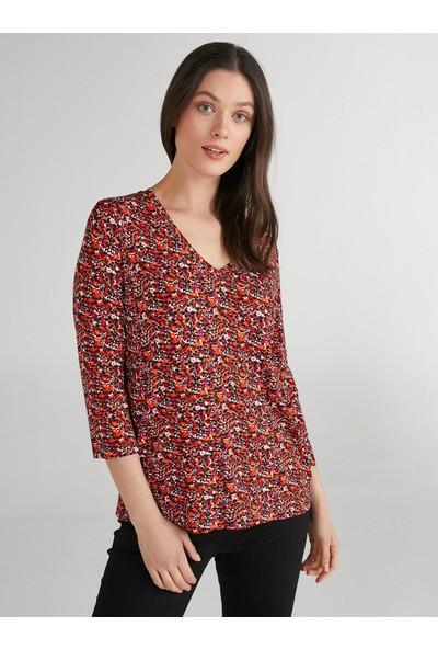 Faik Sönmez Çiçek Desenli 3/4 Kol V Yaka T-Shirt 62542