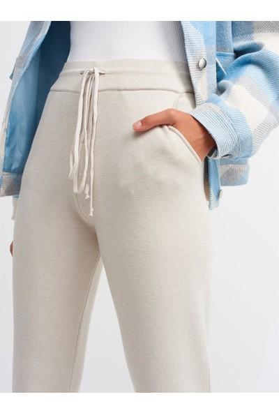 Moneta Kadın Beli Britli Yandan Cepli Pantolon-Taş