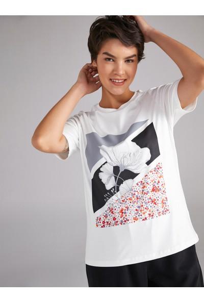 Faik Sönmez Çiçek Baskılı Taşlı T-Shirt 61603
