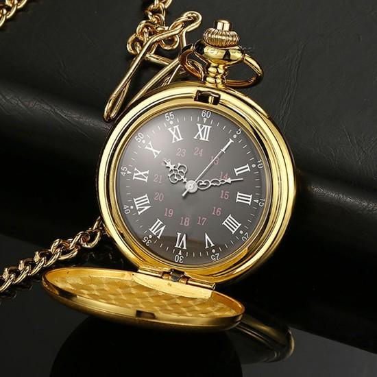 Kuzey Caddesi Siyah Kadran Golden Kişiye Özel Köstekli Saat Cep Saati Ahşap Kutulu Altın Renkli