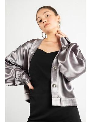 Celestine Gümüş Saten Kemerli Gömlek Bluz