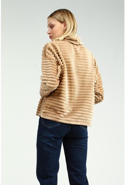 Collezione Camel Boğazlı Truvakar Kol Kadın Peluş Sweatshirt