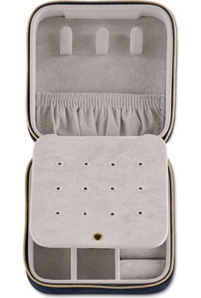 Tchibo Kadife Küçük Takı Çantası 10 x 10 x 5,5 cm