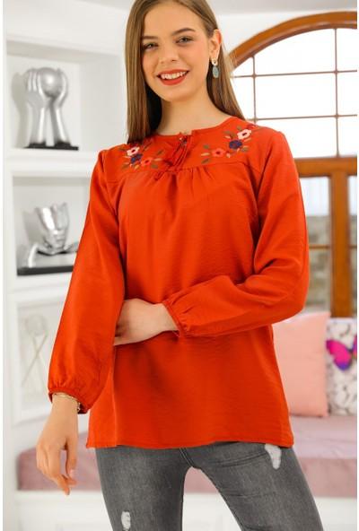 Bukle Moda Nakışlı Şile Bezi Bluz