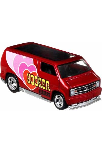 Hot Wheels Pop Culture Premium Arabalar DLB45 - Custom 77 Dodge Van