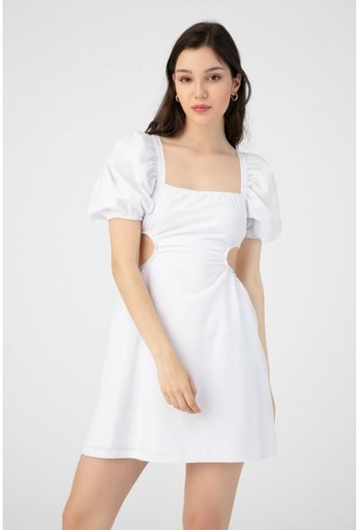 Berfuğ Kıran Yanları Açık Sırtı Bağlamalı Elbise