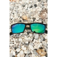 Morvizyon Clariss Marka Siyah & Yeşil Tasarımlı Bayan Güneş Gözlük Modeli