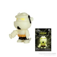 Hellboy 5'' Qee Figure: Glow İn The Dark