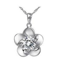 Modalina Beyaz Kristal Çiçek Kolye