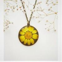 Güven Altın Yaşayan Kolyeler Kristal Cam Kurutulmuş Çiçekler Yk171