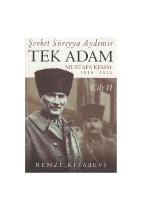 Tek Adam 2 - Şevket Süreyya Aydemir