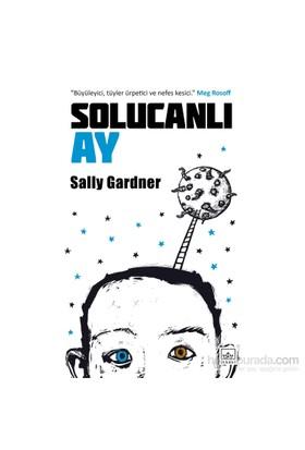 Solucanlı Ay-Sally Gardner