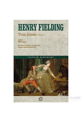 Tom Jones (2 Cilt)-Henry Fielding