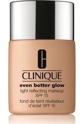 Clinique Even Better Glow Makeup Fondoten SPF 15 - 70 Vanilla