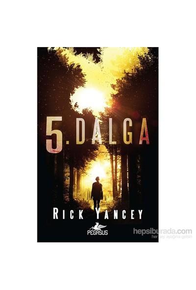5. Dalga - Rick Yancey