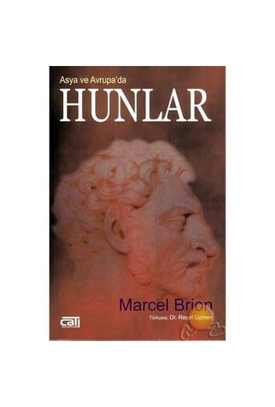 Asya Ve Avrupa'Da Hunlar-Marcel Brion