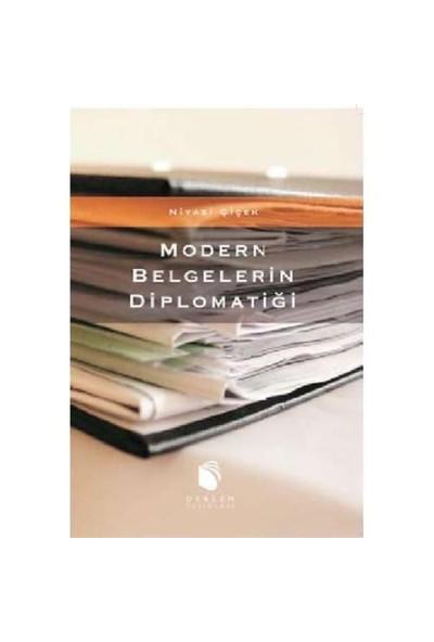 Modern Belgelerin Diplomatiği