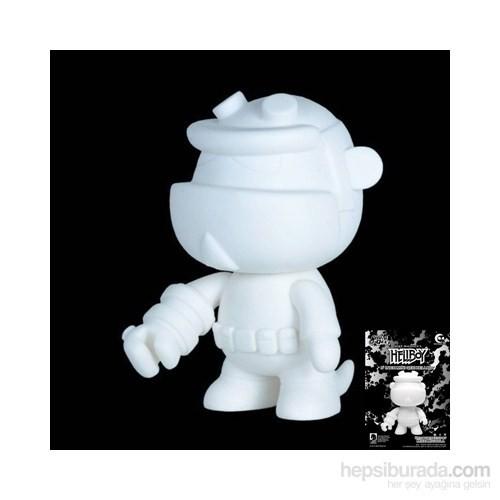 Hellboy 5'' Qee Figure: Do İt Yourself
