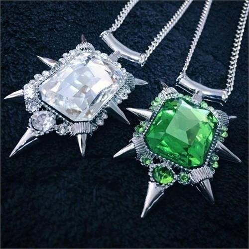 Köstebek Once Upon A Time - Zelena Glinda Glass Pendant Kolye