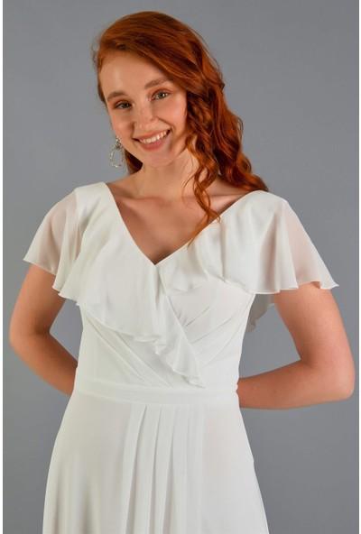 Carmen Kırık Beyaz Şifon Yırtmaçlı Uzun Abiye Elbise