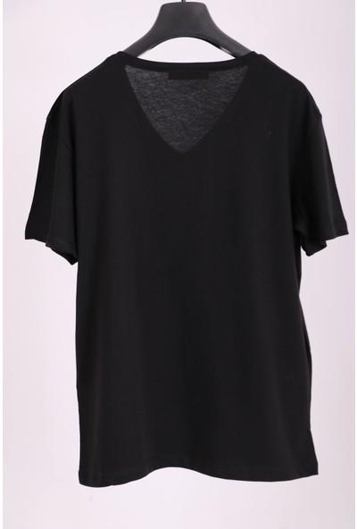 Aclassics Kadın Siyah V Yaka June Yazılı Payetli Yarım Kollu Pamuk T-Shirt
