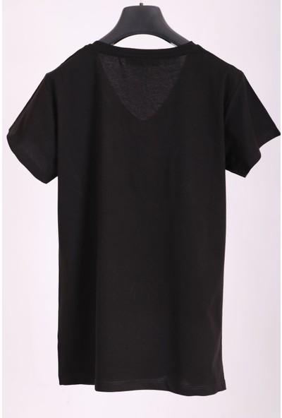Aclassics Kadın Siyah V Yaka Papağan Figürlü Payetli Yarım Kollu Pamuk T-Shirt