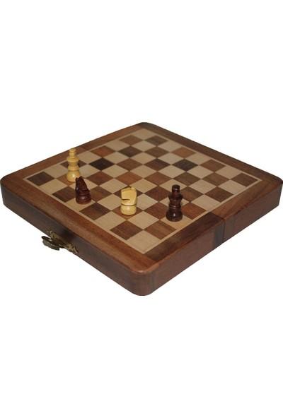 Frame Ayrıntıları Görüntüleme Satranç Oyunu Mıknatıs Taşlı Ahşap Katlanabilir Kutulu Satranç Oyunu 15 cm